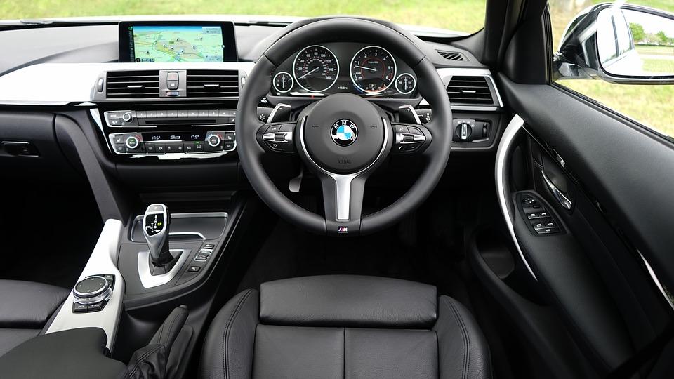 automobile-1834279_960_720