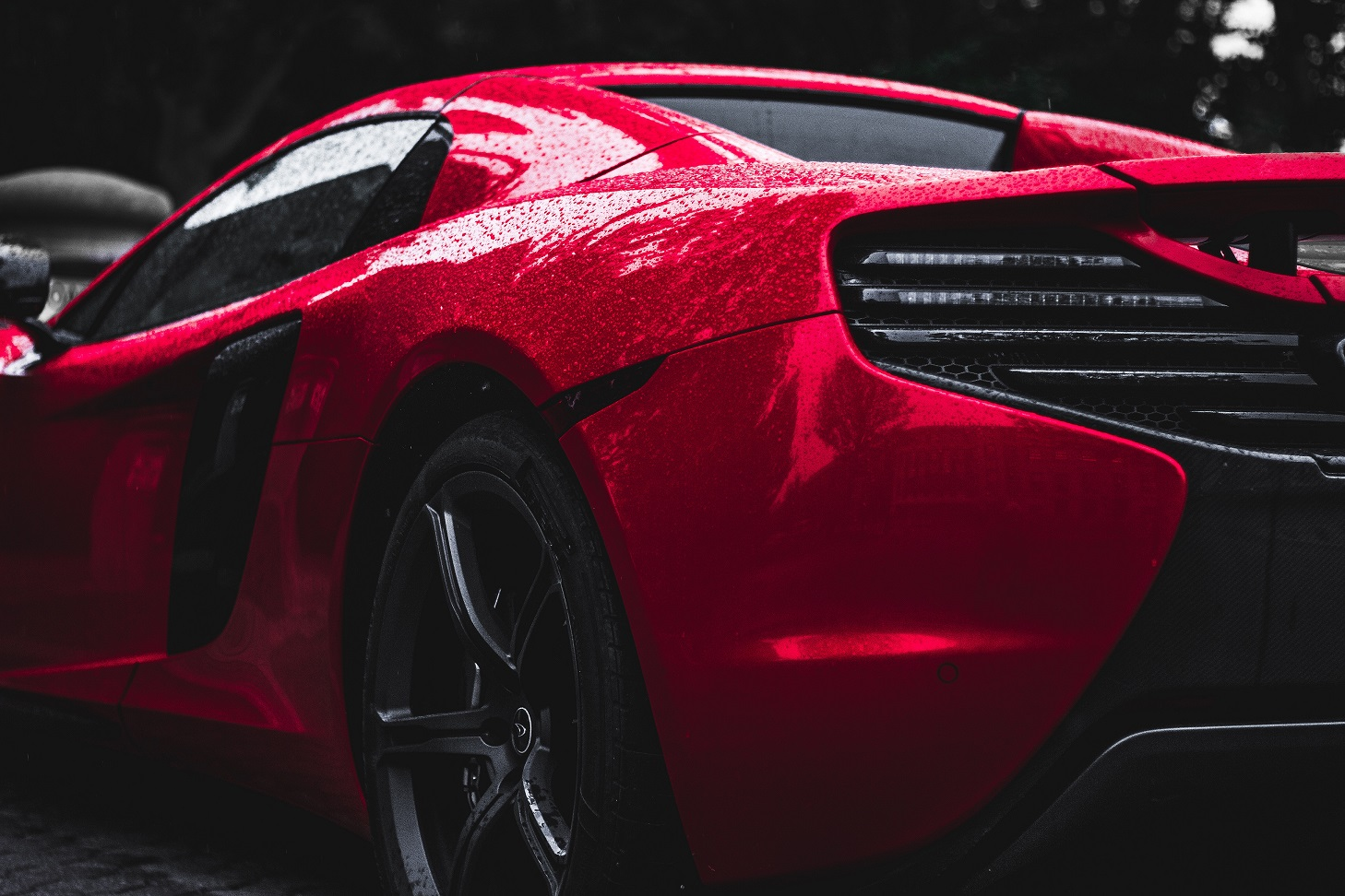 Car window tints in Ottawa offer unmatched style and plenty of helpful benefits.